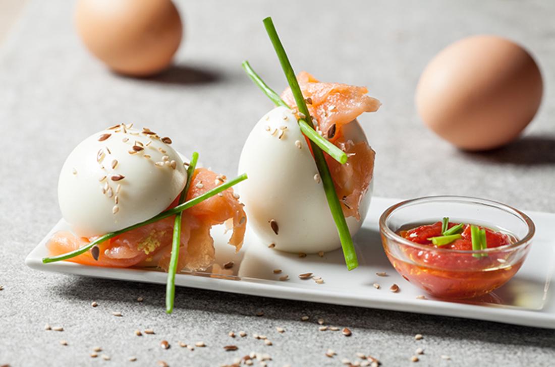 receta de huevo duro con salmon ahumado
