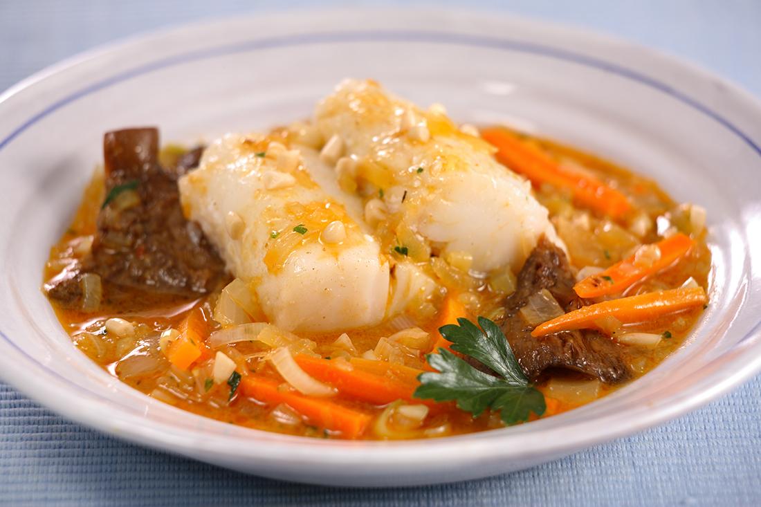 receta de bacalao con niscalos y pinones