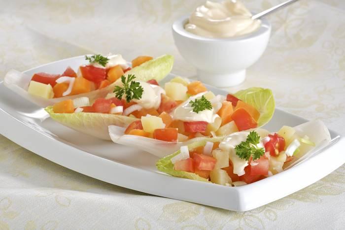 receta de ensalada de endibias zanahoria manzana nueces y pasas