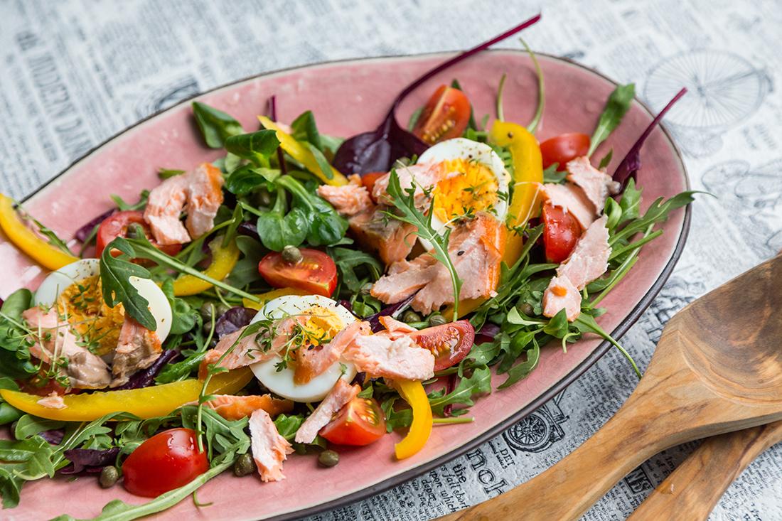 receta de ensalada de salmon y esparragos verdes